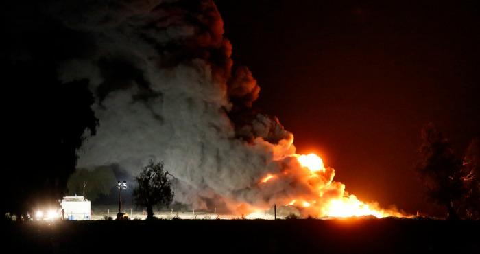Se reportan más de 30 horas de fuego en el incidente que se suscitó en un ducto de Pemex  en Puebla. Foto: Cuartoscuro