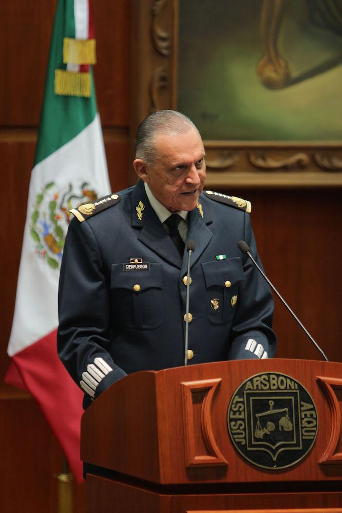 El General Salvador Cienfuegos consideró que los repuntes delictivos actuales no son graves. Foto: Cuartoscuro.