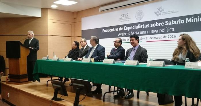 Encuentro de Especialistas sobre Salario Mínimo. Foto: STPS.