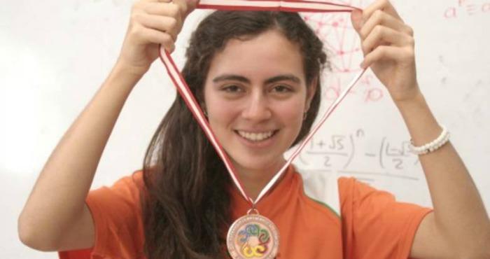 Olga Medrano ha ganado dos competencias internacionales de matemáticas, una fue el Romanian Master of Mathematics. Foto: Especial.