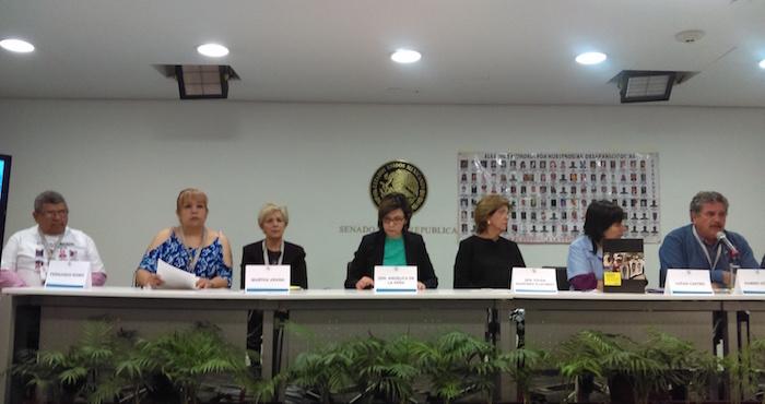 Familiares de desaparecidos en Chihuahua acusaron a Duarte de impedir participación de forenses argentinos. Foto: Juan García, SinEmbargo