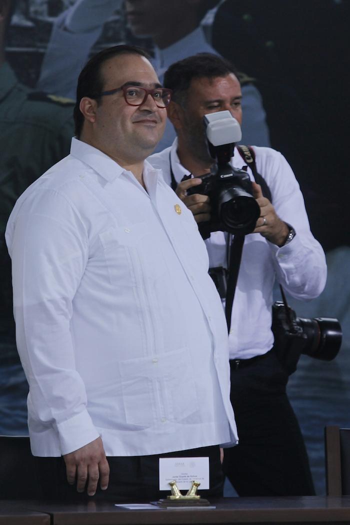 """El Gobernador Javier Duarte de Ochoa """"ha expuesto diversas posiciones"""" sobre el adeudo. Foto: Cuartoscuro."""