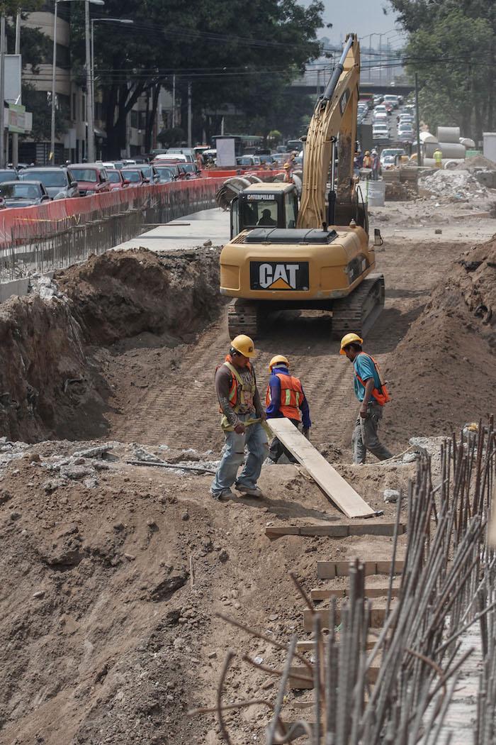 En marzo, las protestas no fueron suficientes para impedir que las obras del Deprimido Mixcoac continuaran. Foto: Cuartoscuro