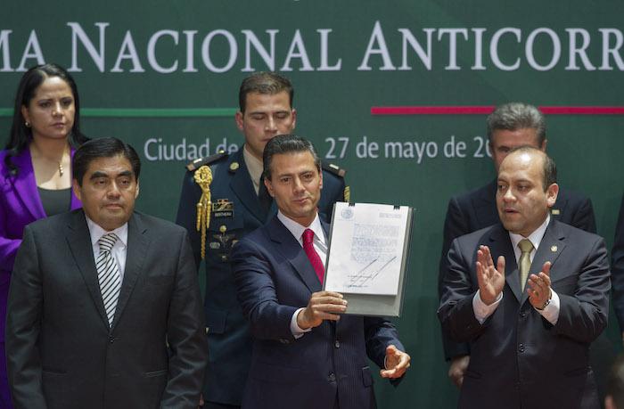 El Presidente Enrique Peña Nieto se comprometió a combatir la corrupción, pero su bancada no ha aprobado las leyes del Sistema Anticorrupción. Foto: Cuartoscuro