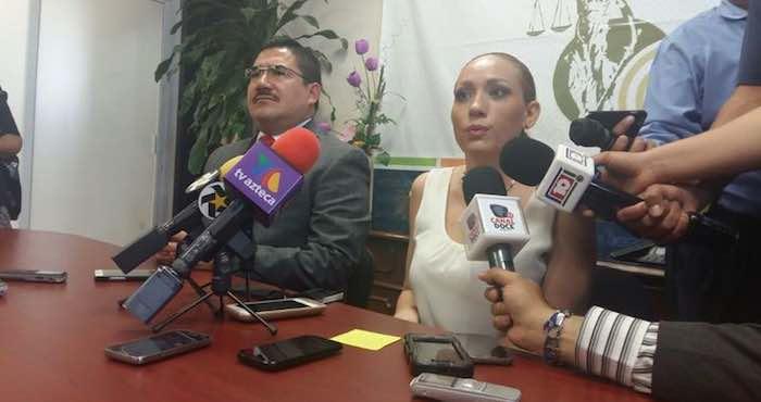 En rueda de prensa con la Fiscal, estuvo el director de Seguridad Pública Municipal, para aclarar los señalamientos emitidos en contra de los policías municipales. Foto: El Siglo de Durango.