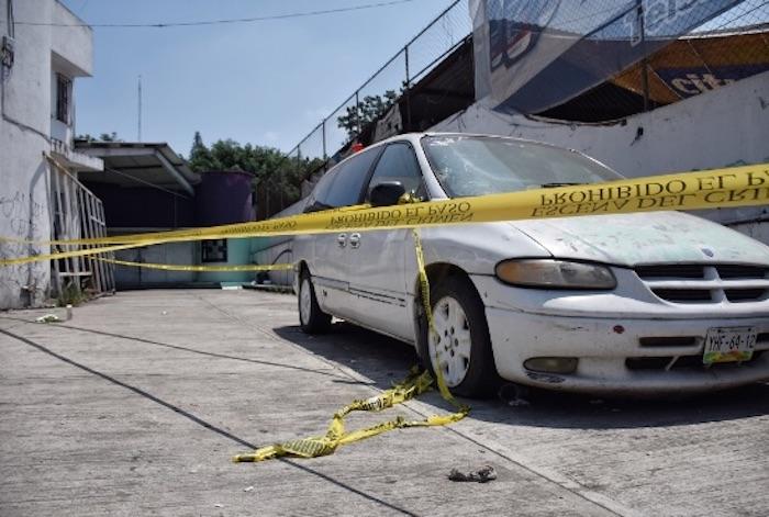 En el sitio se encontraron 27 cartuchos percutidos, calibre 7.62, utilizados en armas cuerno de chivo y 2.23 de rifles AR-15. Foto: Yerania Rolón, Blog Expediente