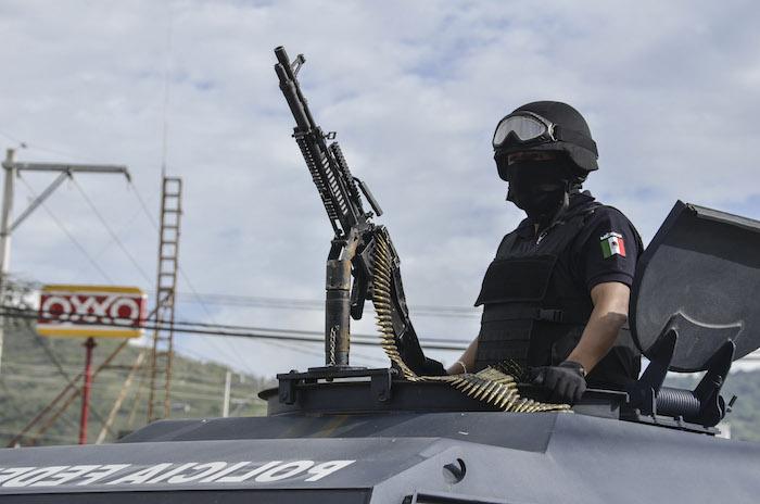Este viernes ocurrieron 18 asesinatos en el estado, seis en Iguala, cinco en Acapulco, cuatro en Chilapa, dos en Tixtla y uno en Buenavista de Cuellar.. Foto: Cuartoscuro