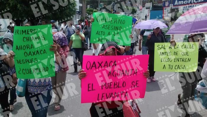 Maestros de la CETEG protestan en Chilpancingo. Foto: Lenin Ocampo, El Sur.