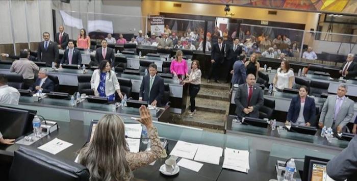 Entre 2012 y 2016 el presupuesto de los congresos locales creció 2 mil 851 millones de pesos. El de Sonora fue uno de los que más creció (62 por ciento). Foto: Congreso de Sonora