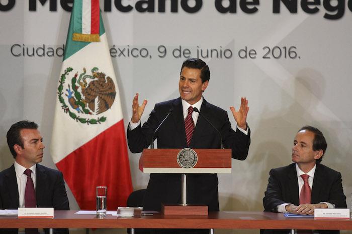El Presidente Enrique Peña Nieto, participó hoy en la Sesión del Consejo Mexicano de Negocios, donde los empresarios le pidieron que se atiendan los grandes pendientes en el Congreso en materia de corrupción y seguridad. Foto: Cuartoscuro