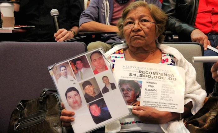 Una mujer en la presentación del informe de Open Society. Foto: Luis Barrón, SinEmbargo