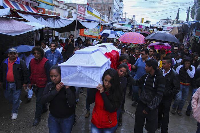 Jesús Cadena Sánchez, otra de las víctimas, fue  enterrado este día. Foto: Cuartoscuro