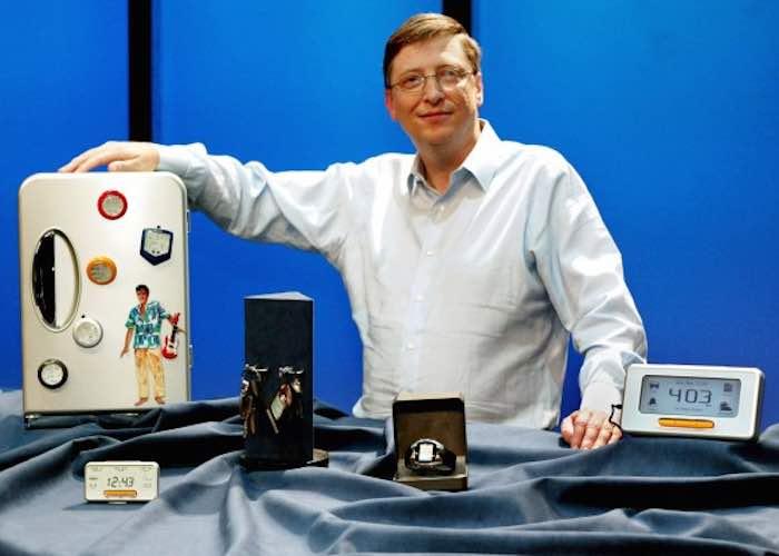 En la imagen, Bill Gates promocionando los MSN Direct Smartwatches. Foto: Sacada de Internet.