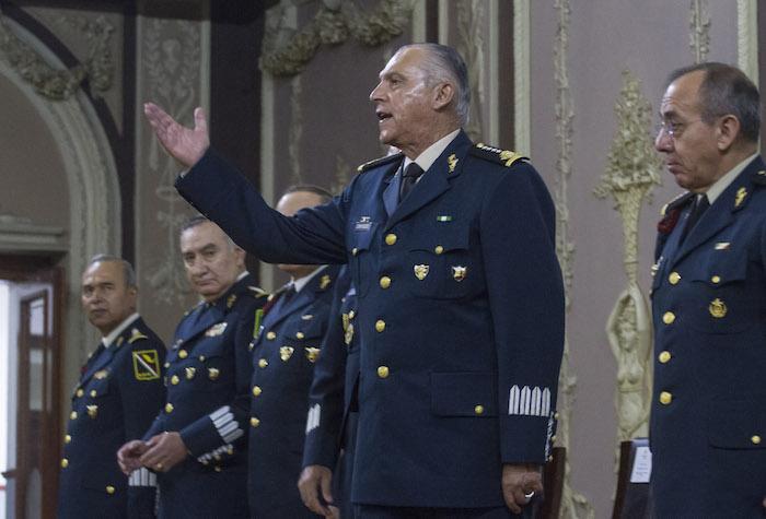 El titular de la Sedena, Salvador Cienfuegos, ha manifestado en varias ocasiones que el Ejército aún realice tareas que le corresponden a la policía. Foto: Cuartoscuro