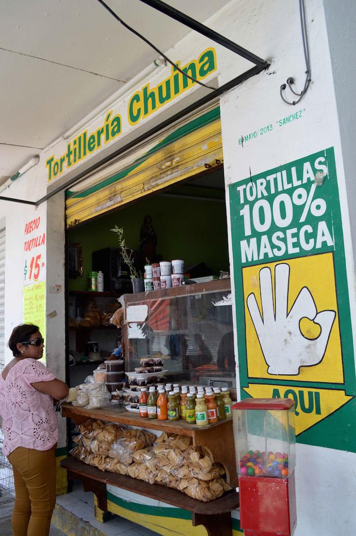 En la actualidad poca gente conoce las diferencias entre las tortillas de maíz nixtamalizado y las de harina de maíz. Foto: Cuartoscuro