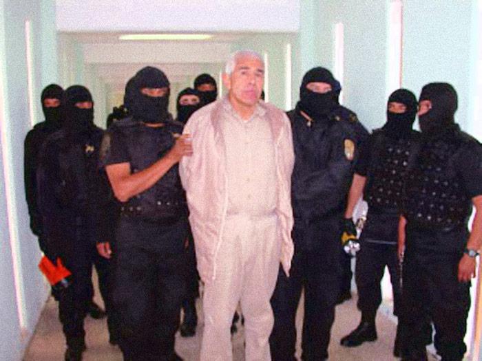 Caro Quintero durante su traslado en 2005 al Penal de Matamoros. Foto: Cuartoscuro