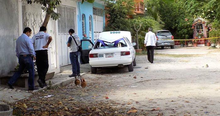 En otro caso violento, un hombre fue herido de cuatro balazos adentro de una miscelánea del fraccionamiento Magallanes, a dos cuadras de la vigilada Costera. Foto: Archivo, El Sur