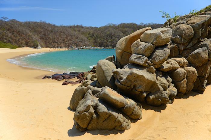 Una imagen de la bahía El Órgano, en Huatulco. Foto: Shutterstock