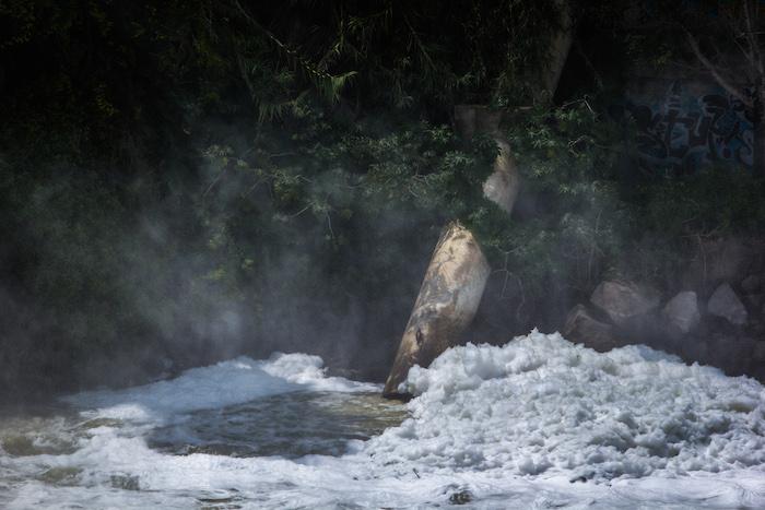 El Río Santiago, que corre unos 562 kilómetros por el occidente de México y atraviesa El Salto, es el río más contaminado de todo el país. Foto: Cuartoscuro
