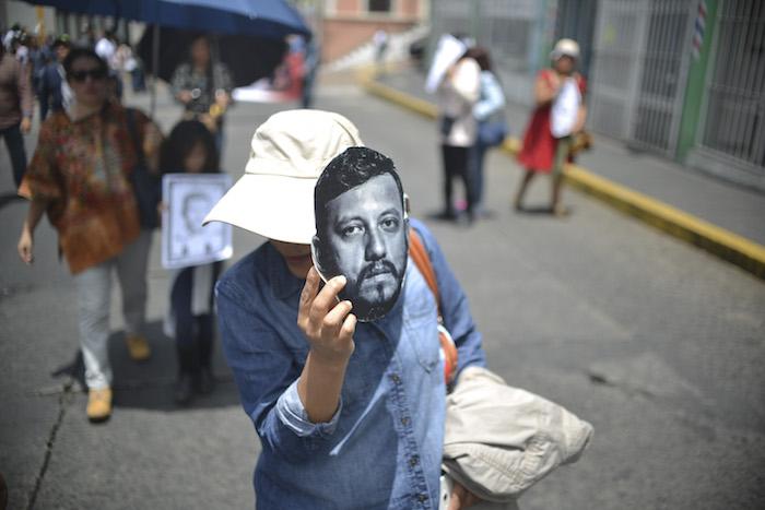 A un año de el asesinato del fotoreportero Rubén Espinosa Becerril, diversas personas se aglutinarn para pedir justicia. Foto: Alberto Roa, Cuartoscuro
