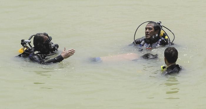Recuperan cuerpo de menor que cayó en presa Madín. Con López Dóriga