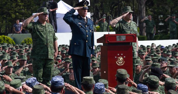 La reacción del General Salvador Cienfuegos, titular de la Secretaria de la Defensa Nacional resulta comprensible. Foto: Cuartoscuro