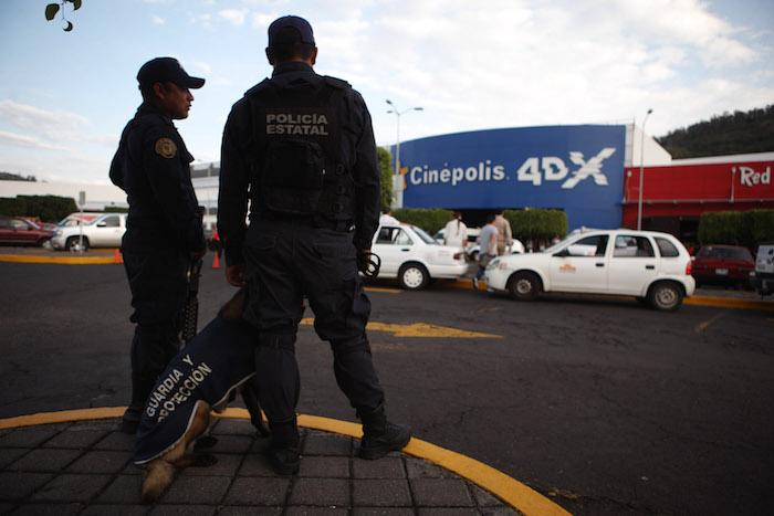 El 10 por ciento de los policías estatales del país reprobaron las pruebas de confianza entre enero y julio. Foto: Cuartoscuro