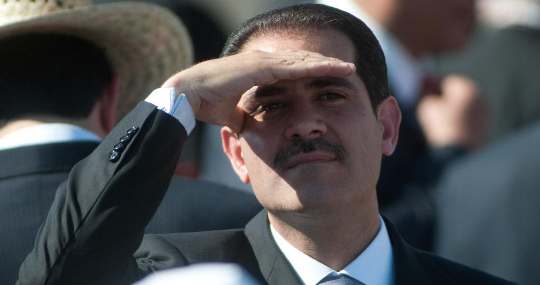 MÉXICO: Suspende juez orden de aprehensión contra Guillermo Padrés
