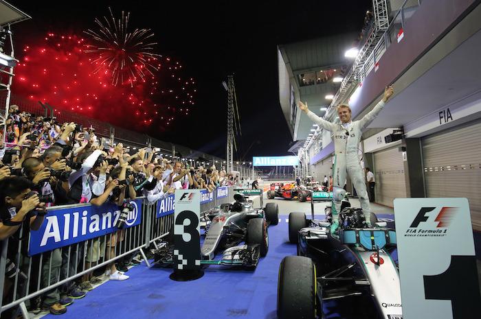 Circuito Callejero De Marina Bay : Rosberg gana en singapur durante el grand prix checo