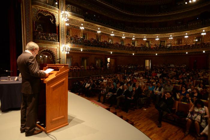 Onofre Sánchez Menchero, director del Museo Iconográfico del Quijote, dedicó la sesión de apertura del 26º Coloquio Internacional Cervantino a la memoria de Ignacio Padilla. Foto: FIC