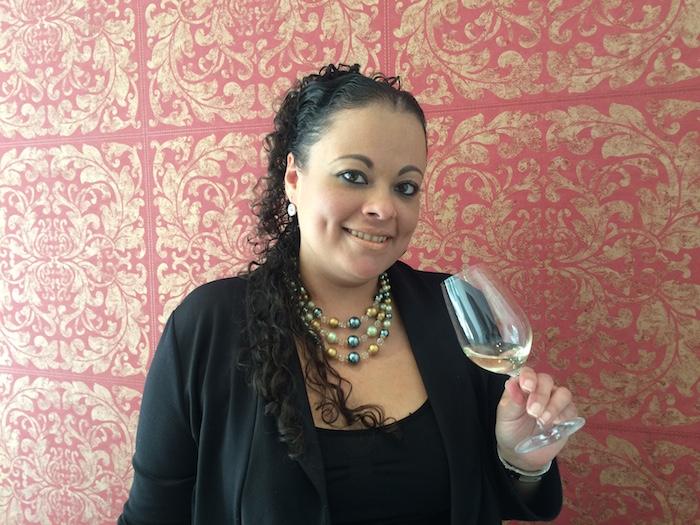 Amanda Puentes, experta en destilados y puros. Foto: Sandra Sánchez, SinEmbargo
