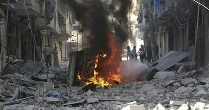 Terroristas matan a 14 personas que llamaban a abandonar Alepo