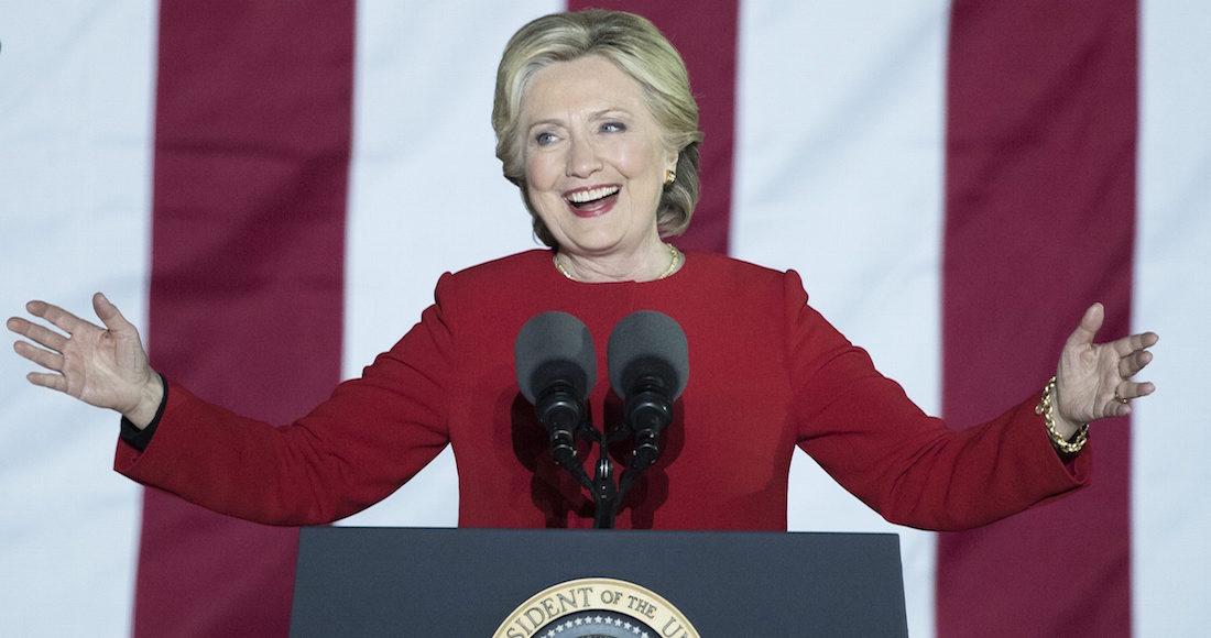 Clinton apoya recuento de votos y Trump lo descalifica