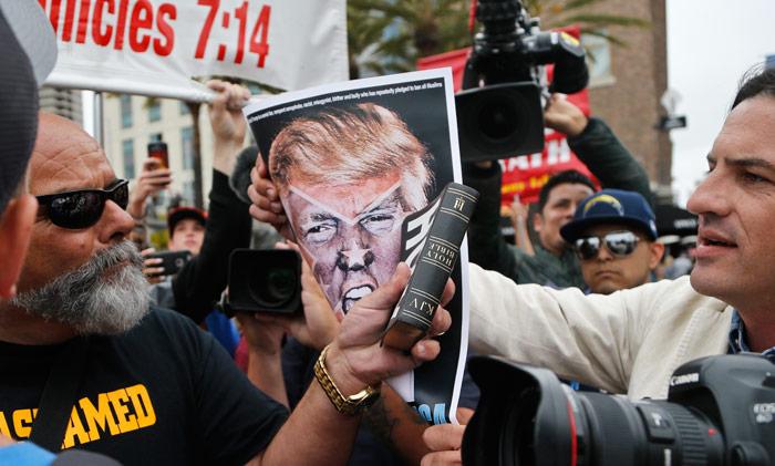 Fanáticos de Trump. Foto: AP