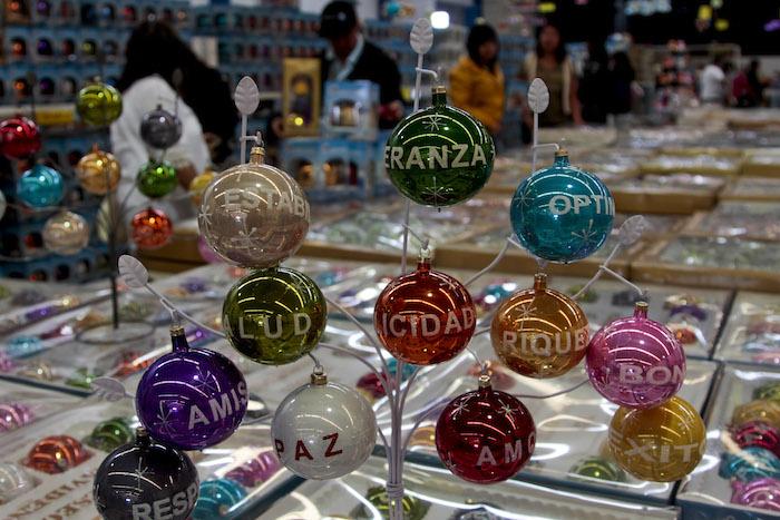 A finales de octubre y principios de noviembre se realiza la Feria del Árbol y la esfera. Foto: Cuartoscuro