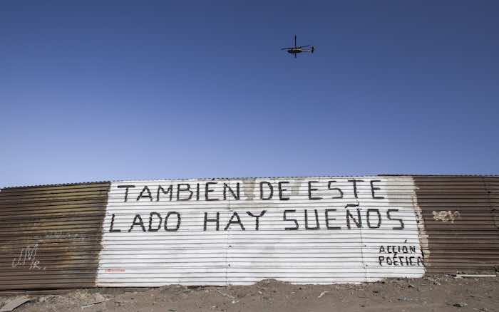De acuerdo con el Instituro de Políticas Migratorias estadounidense (MPI por sus siglas en inglés), al año 500 mil personas tratan de ingresar a Estados Unidos de manera ilegal. Foto: Christian Serna, Cuartoscuro.