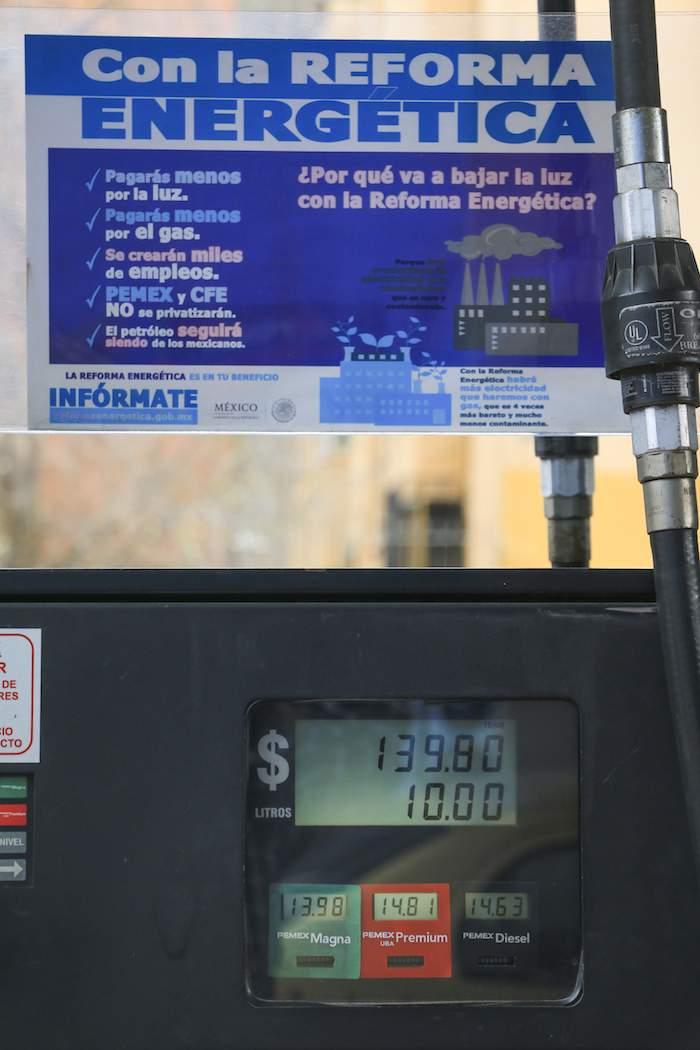 El gasto de la gasolina por la línea y en la ciudad