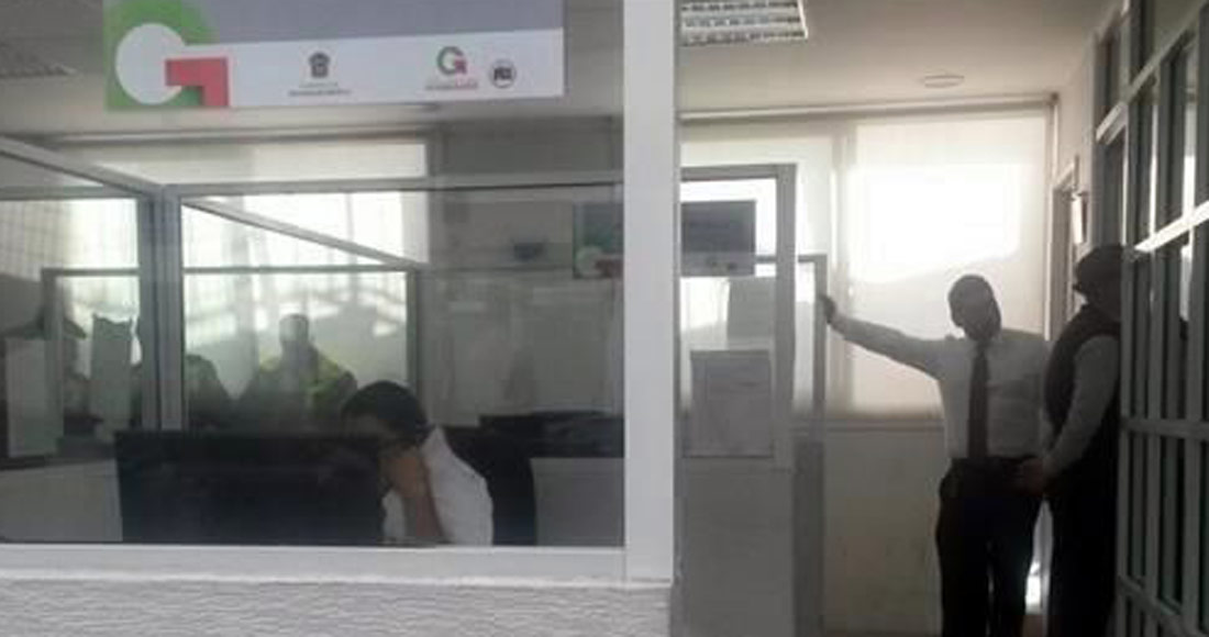 Autoridades del Edomex golpearon, escupieron e intimidaron a reportera