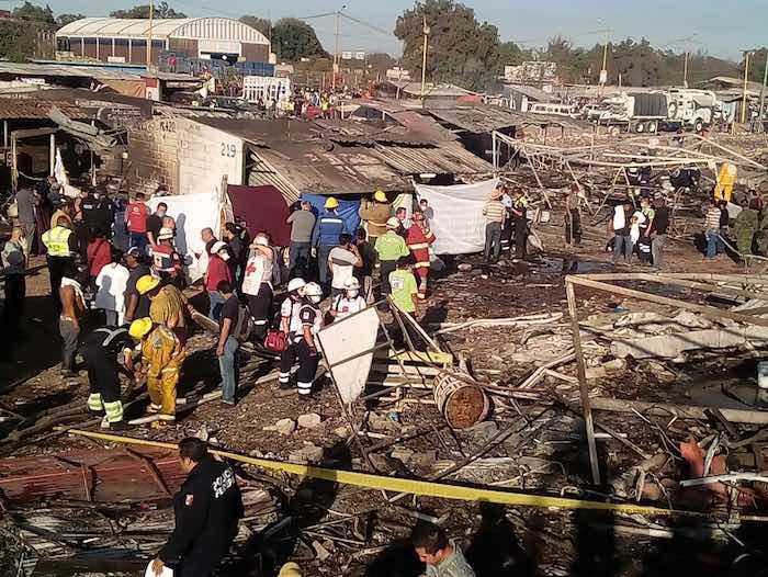 Vista del mercado, ya con el fuego controlado. Foto: Cruz Roja