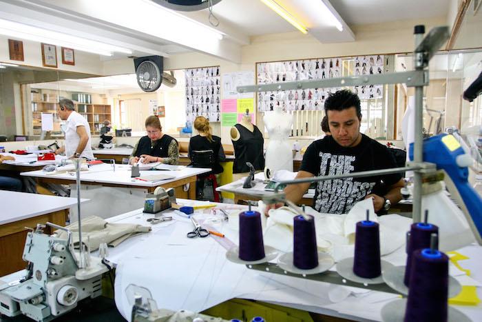 Juárez, el municipio mexicano donde vive la mayor cantidad de población ocupada en este tipo de industria, absorbió una amplia proporción de la pérdida. Foto: Cuartoscuro