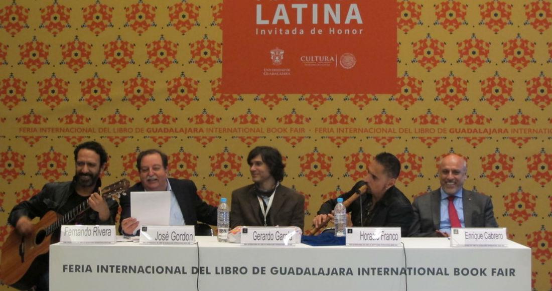 El panel durante la pasada FIL Guadalajara. Foto: Agencia Conacyt