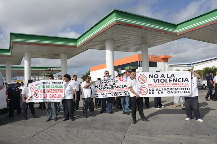 Los precios de las gasolinas continuarán en aumento a partir del 3 de febrero. Foto: Elizabeth Ruíz, Cuartoscuro