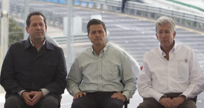 Enrique Peña Nieto, Gerardo Ruiz Esparza y Eruviel Ávila Villegas durante la inauguración del segundo tramo de la autopista Naucalpan-Ecatepec. Foto: Cuartoscuro Archivo.