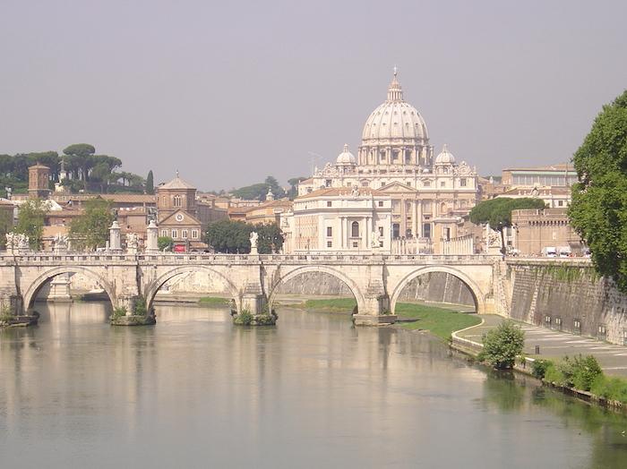 San Pedro en la Ciudad del Vaticano. Foto: Wikimedia Commons