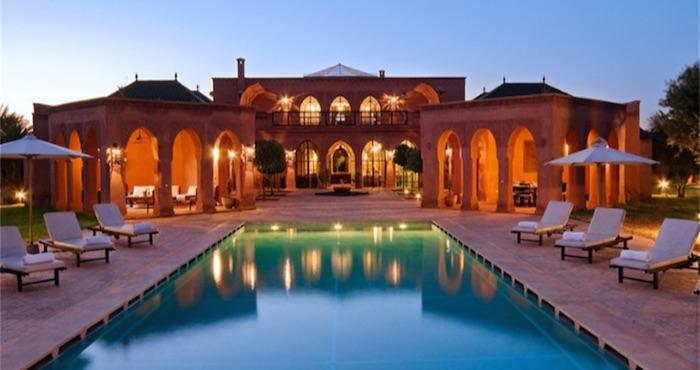 Una empresa estadounidense paga por vivir en casas de lujo de todo el mundo te animas - Casas de lujo en el mundo ...
