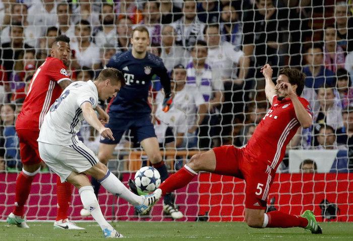 El festejo de Cristiano Ronaldo en el vestuario del Real Madrid