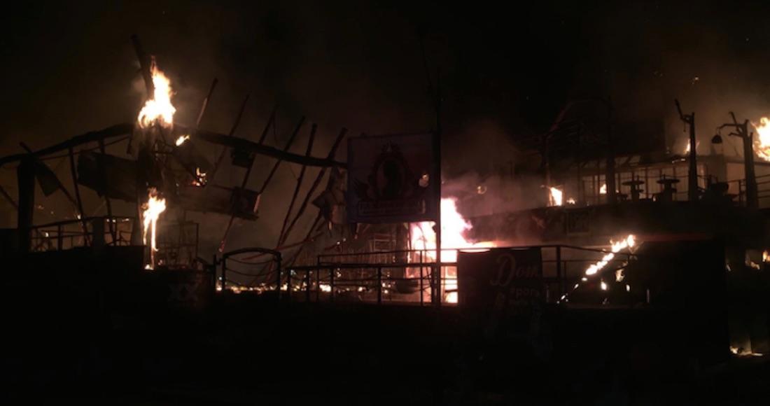 Se incendian centros nocturnos en Ixtapa