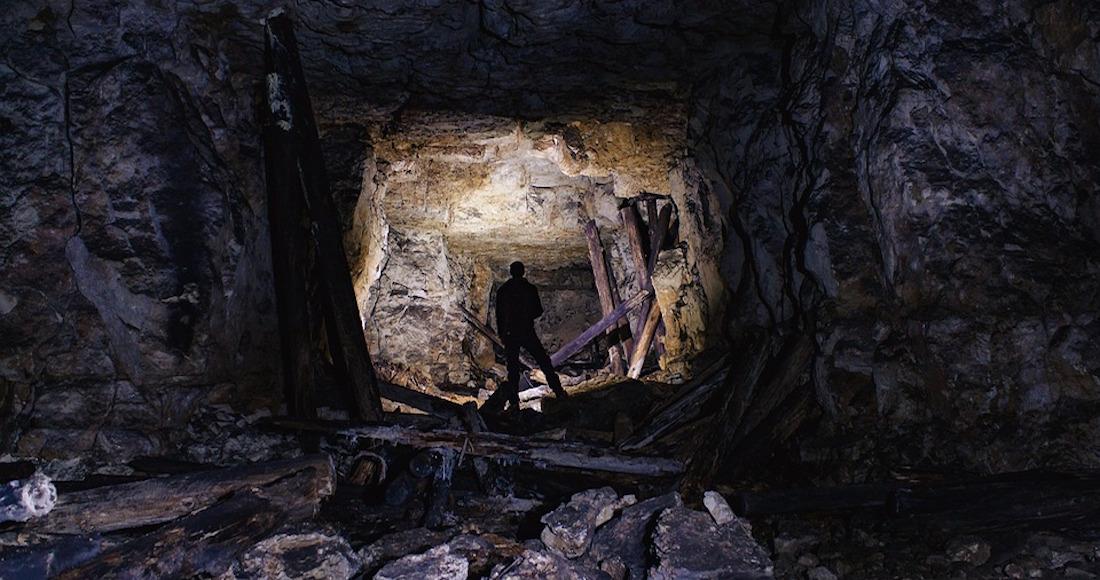 Familia de turistas asesinada en la cueva del diablo for Donde esta la piscina del diablo