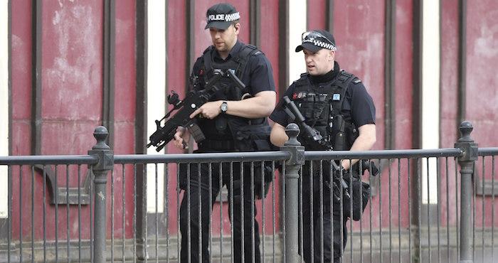 El atacante de Manchester compró todas las partes para hacer la bomba