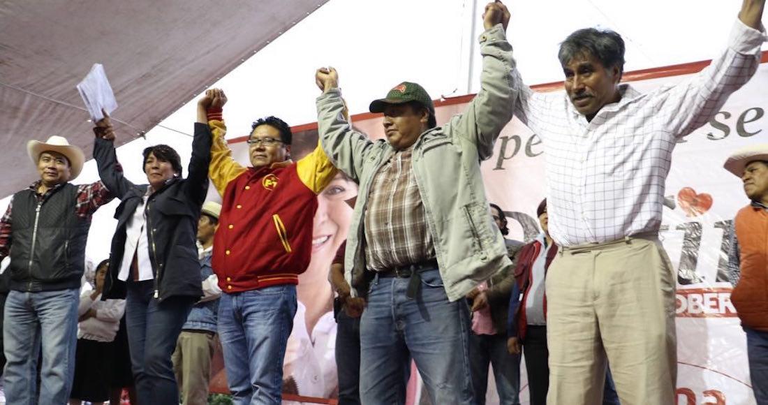 Oscar González declina a favor de la abanderada de Morena, Delfina Gómez